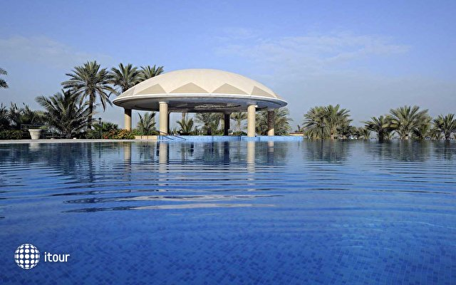 Le Royal Meridien Beach Resort & Spa 8