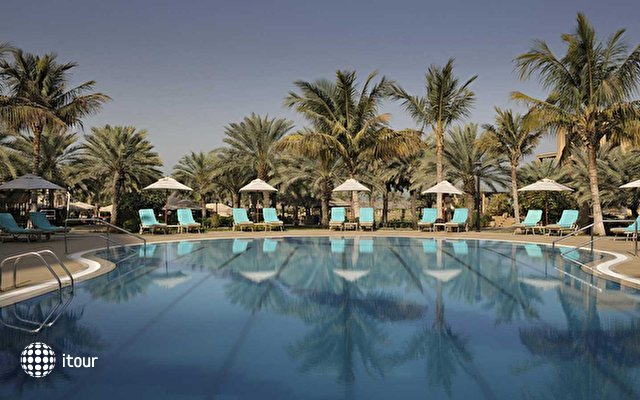 Le Royal Meridien Beach Resort & Spa 10