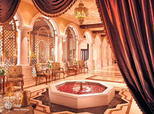 Ritz Carlton Dubai 3