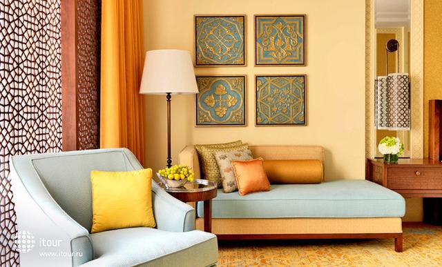 Ritz Carlton Dubai 8