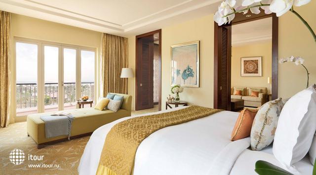 Ritz Carlton Dubai 9