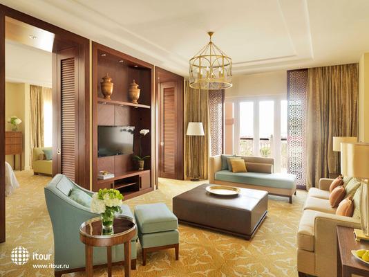 Ritz Carlton Dubai 10