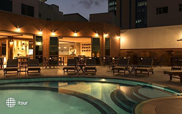Sheraton Four Points Downtown Dubai 2