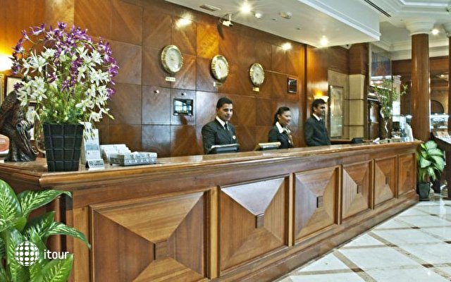 Regent Palace Hotel 6