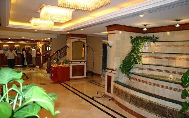 Riviera Hotel 3