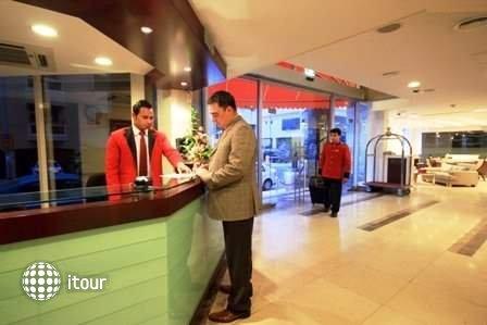 Sun & Sands Hotel 7