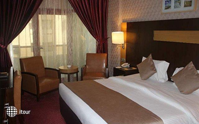 Sun & Sands Hotel 10
