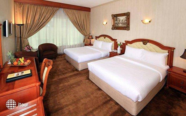 Sun & Sands Hotel 8