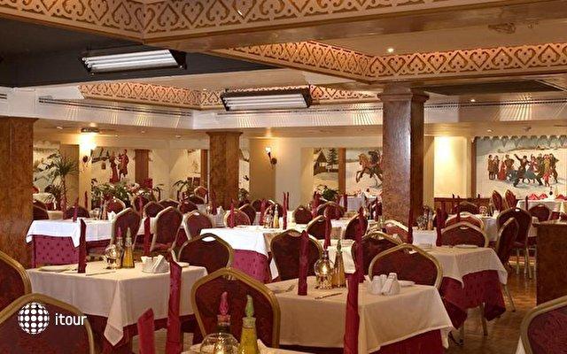 Ascot (ex. Arif Castle Hotel) 7