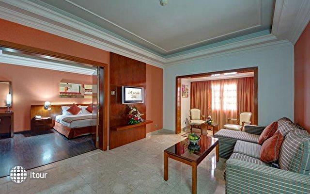 Ascot (ex. Arif Castle Hotel) 9