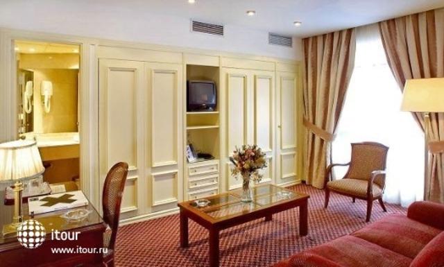 Claridge Hotel 3