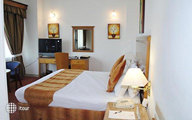 Ramee Guestline Hotel Dubai 8