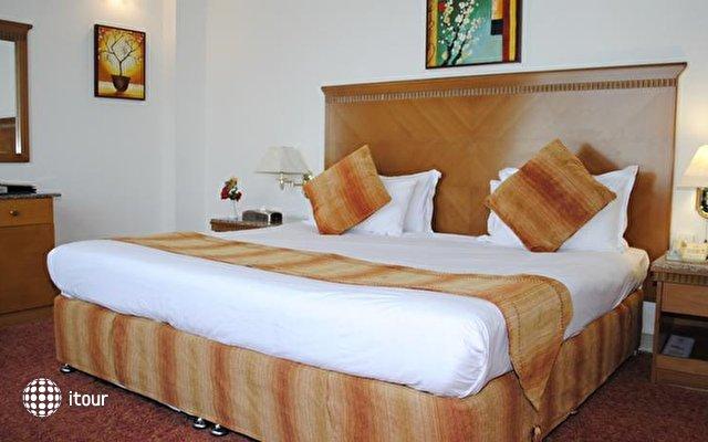 Ramee Guestline Hotel Dubai 7