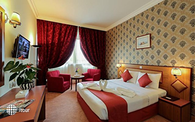 Jonrad Hotel 7