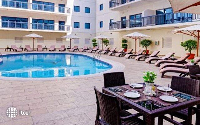 Golden Sands Hotel Apartments 2