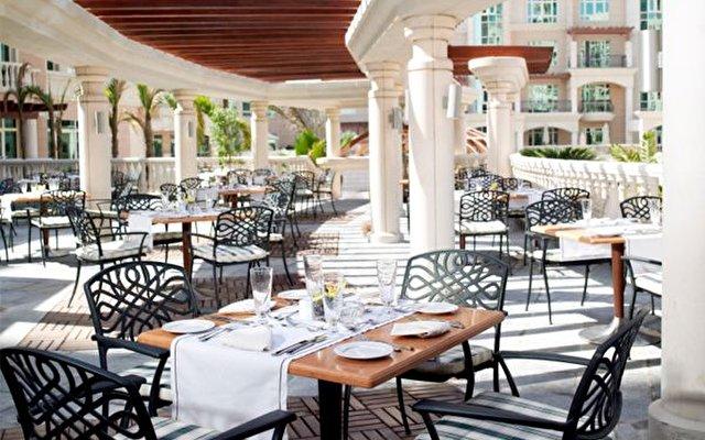 Al Murooj Rotana Hotel & Suites Dubai 10
