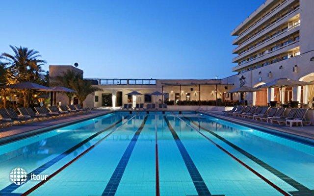 Hilton Al Ain 7
