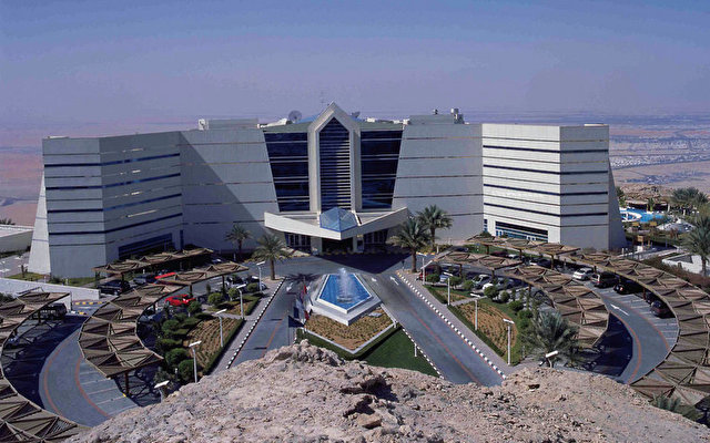 Mercure Grand Jebel Hafeet Al Ain 9