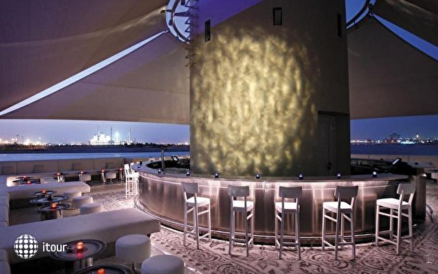 Shangri-la Hotel Qaryat Al Beri 5