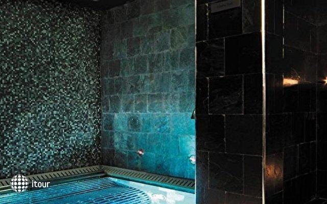 Shangri-la Hotel Qaryat Al Beri 7