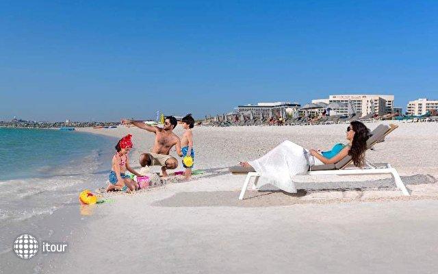 Crowne Plaza Abu Dhabi Yas Island 5