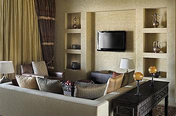 Qasr Al Sarab Desert Resort By Anantara 9