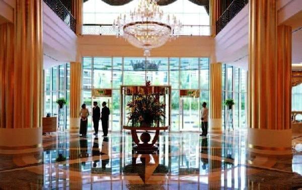 Sheraton Khalidiya Hotel 9