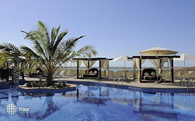 Radisson Blu Hotel Abu Dhabi Yas Island 2