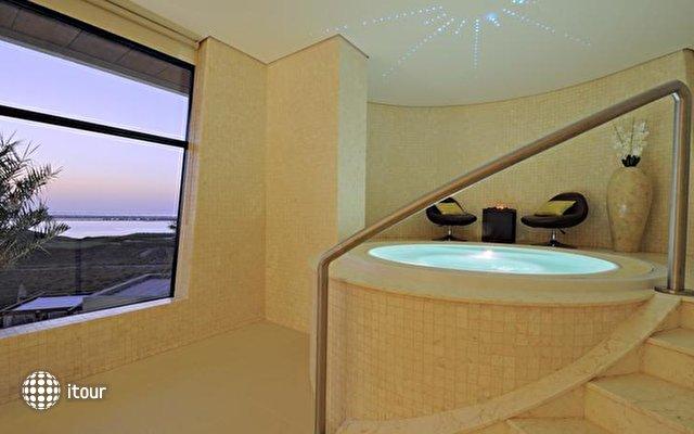 Radisson Blu Hotel Abu Dhabi Yas Island 7