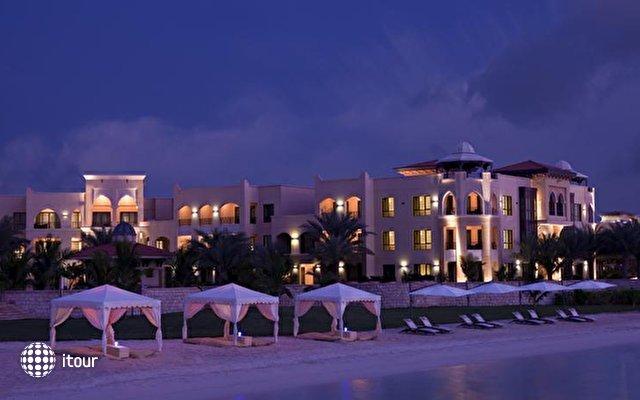 Traders Hotel Qaryat Al Beri 4