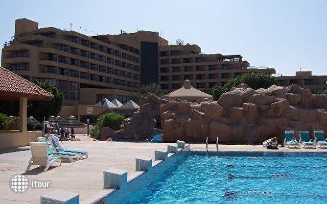 Danat Al Ain Resort 1