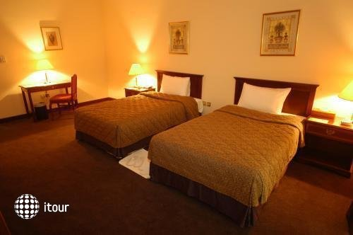 Al Sahra Desert Resort 6