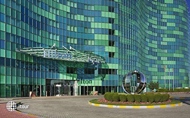 Hilton Capital Grand Abu Dhabi 2