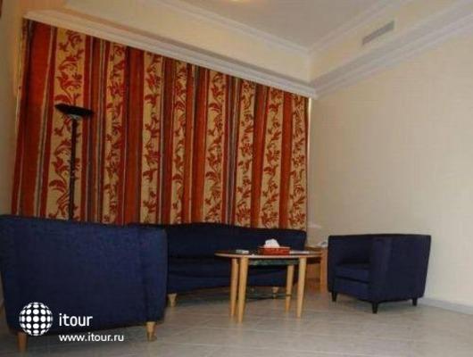 Euro Hotel Apartments 7