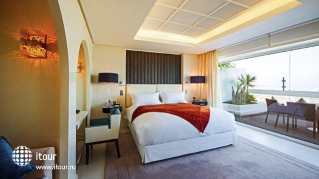 Sofitel Abu Dhabi Corniche 7