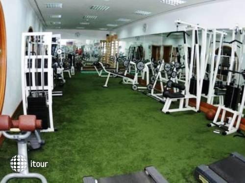 Al Jazira Club Hotel 9