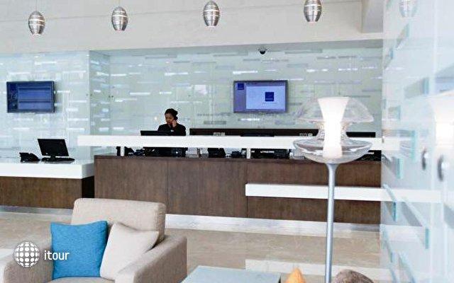 Novotel Abu Dhabi Gate 8
