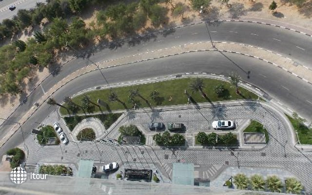 Ibis Abu Dhabi Gate 4