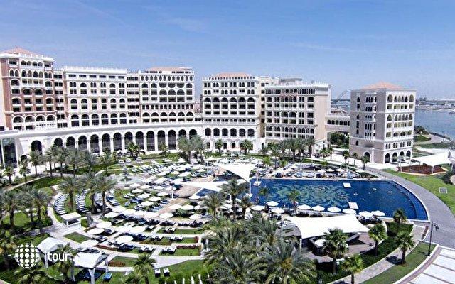 Ritz Carlton Abu Dhabi 4
