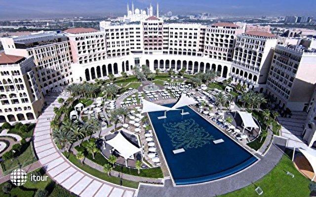 Ritz Carlton Abu Dhabi 3