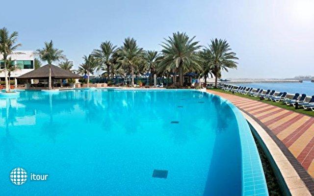 Beach Rotana Hotel 2