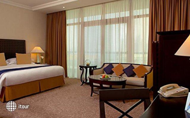 Beach Rotana Hotel 9