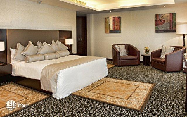Mafraq Hotel 10
