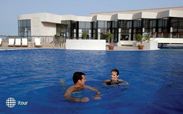 Intercontinental Abu Dhabi 5
