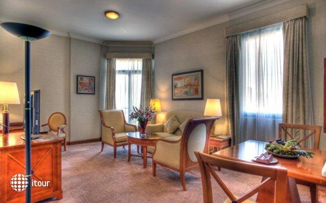 Al Diar Capital Hotel 4