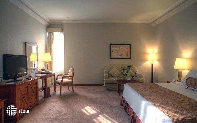Al Diar Capital Hotel 10