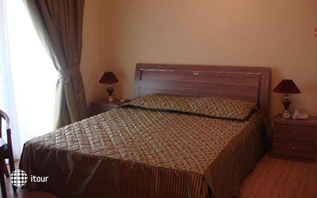 Al Khalidiah Residence 8