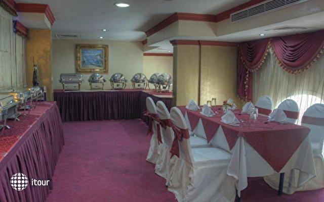 Al Maha Regency Suites 4