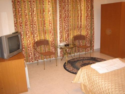 Caravan Resort 7