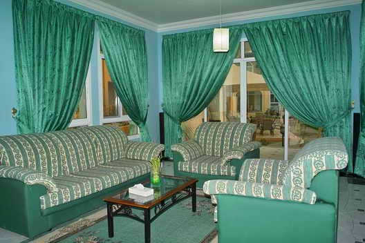 Caravan Resort 2